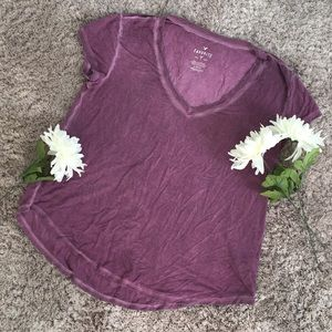 Worn American eagle tee size small(stretchy)